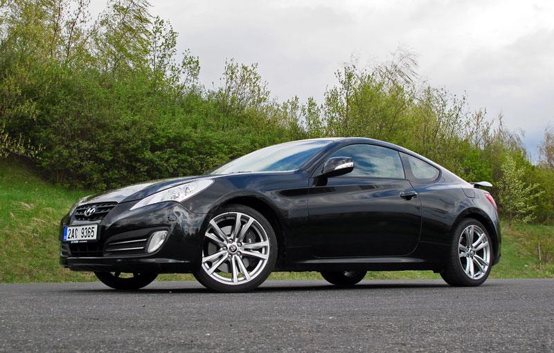 Test: Hyundai Genesis Coupe: Drift King: - fotka 31
