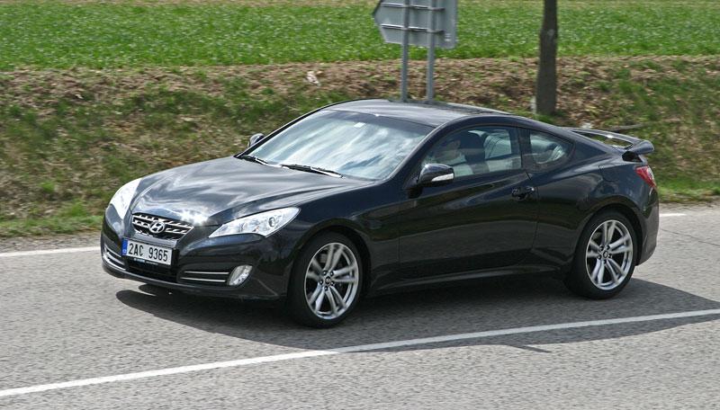 Test: Hyundai Genesis Coupe: Drift King: - fotka 42