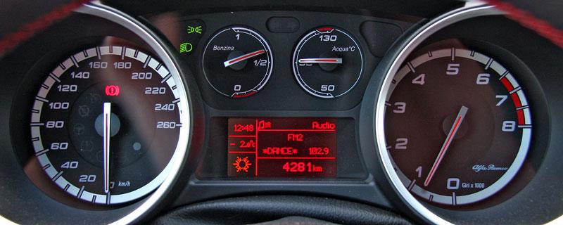 Test: Alfa Romeo Giulietta Quadrifoglio Verde: Hezčí GTI: - fotka 1