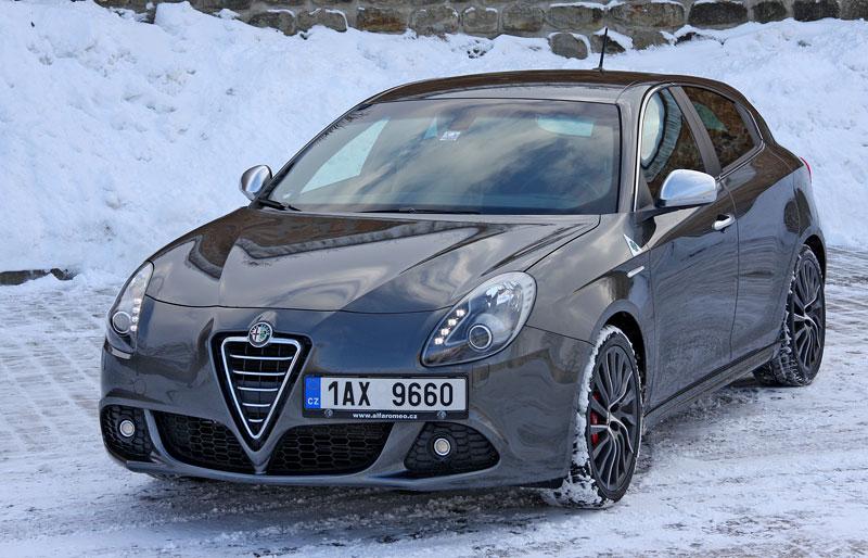 Test: Alfa Romeo Giulietta Quadrifoglio Verde: Hezčí GTI: - fotka 23