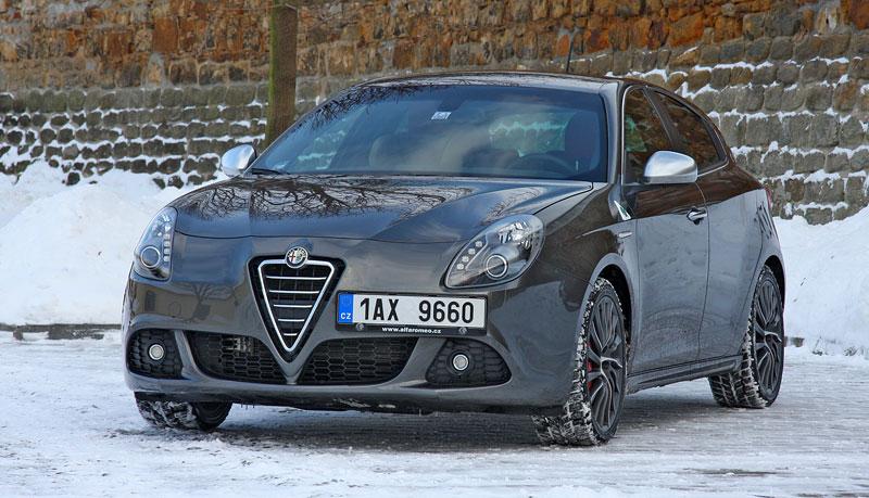Test: Alfa Romeo Giulietta Quadrifoglio Verde: Hezčí GTI: - fotka 27