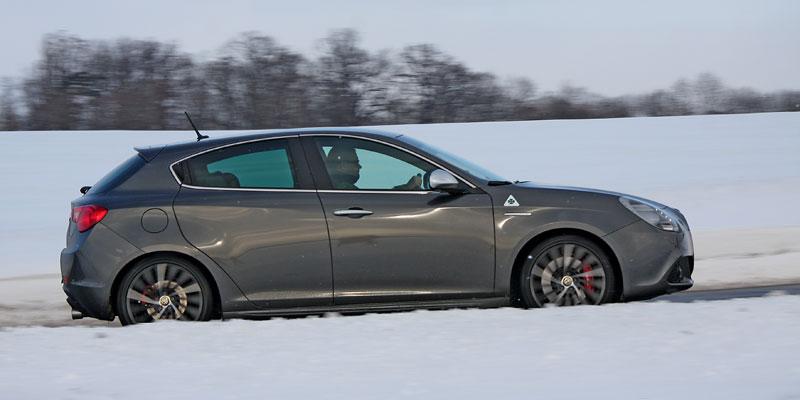 Test: Alfa Romeo Giulietta Quadrifoglio Verde: Hezčí GTI: - fotka 34