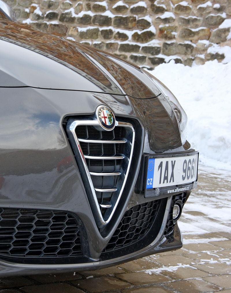 Test: Alfa Romeo Giulietta Quadrifoglio Verde: Hezčí GTI: - fotka 44