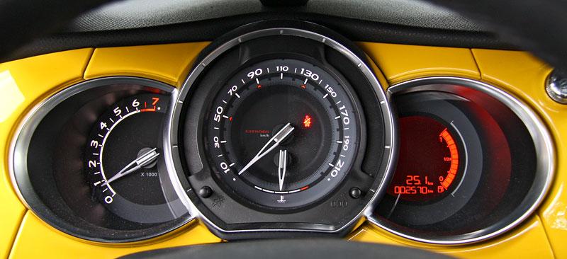 Test: Citroën DS3 1.6 THP: Říkejte mi Seb: - fotka 1