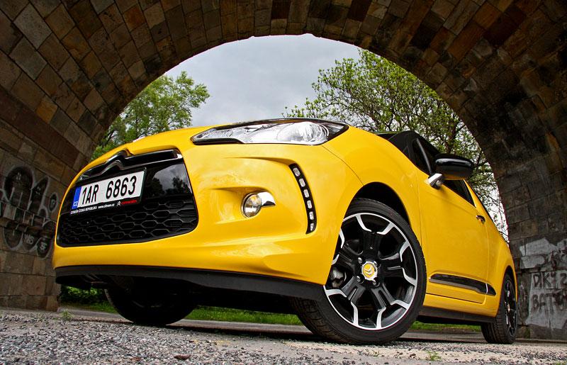 Test: Citroën DS3 1.6 THP: Říkejte mi Seb: - fotka 22