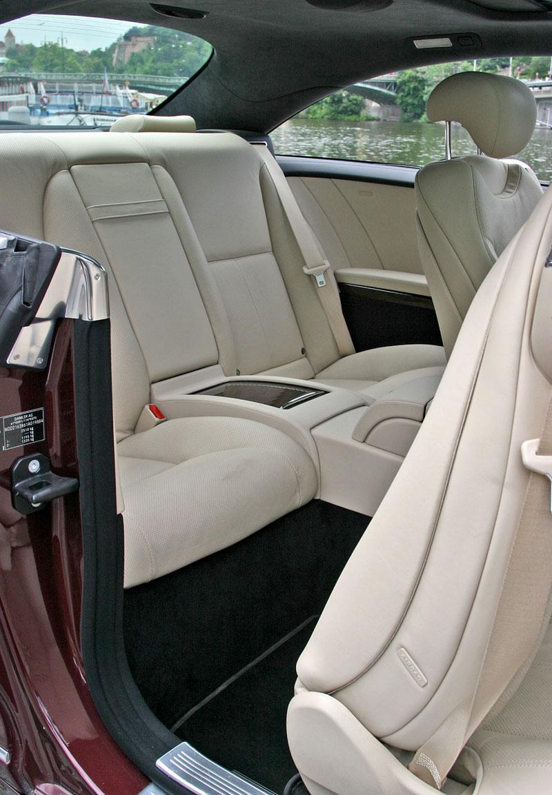 Mercedes-Benz CL 500 4Matic: staré dobré časy: - fotka 8