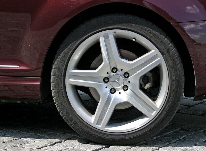 Mercedes-Benz CL 500 4Matic: staré dobré časy: - fotka 40