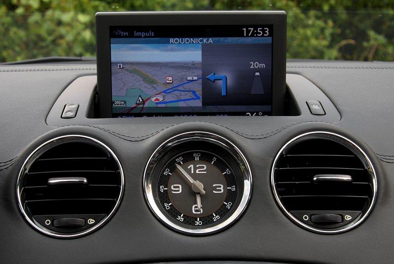 Test: Peugeot RCZ 2.0 HDi: 908čce v patách?: - fotka 8