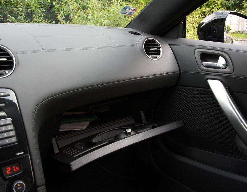 Test: Peugeot RCZ 2.0 HDi: 908čce v patách?: - fotka 14