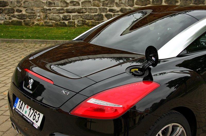 Test: Peugeot RCZ 2.0 HDi: 908čce v patách?: - fotka 60