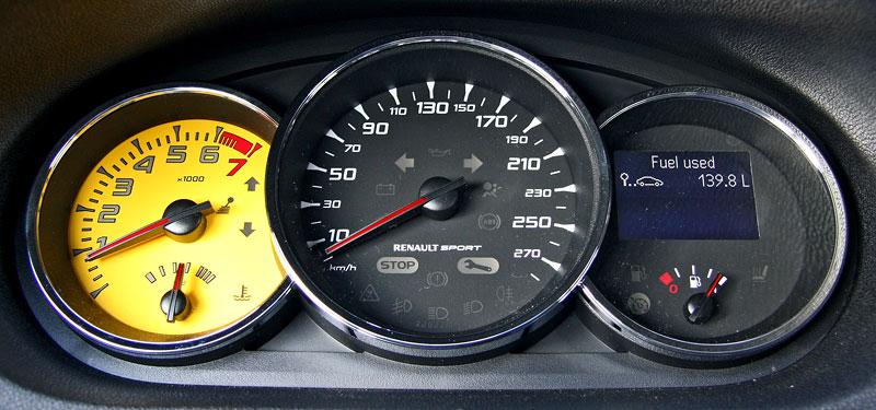 Test: Renault Mégane RS Cup: 2010 – Malá francouzská revoluce: - fotka 1
