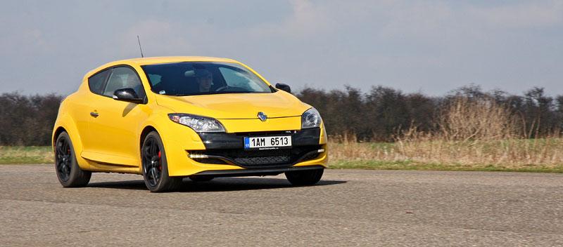 Test: Renault Mégane RS Cup: 2010 – Malá francouzská revoluce: - fotka 25
