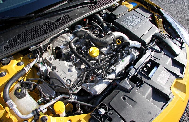Test: Renault Mégane RS Cup: 2010 – Malá francouzská revoluce: - fotka 40