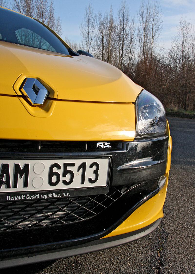 Test: Renault Mégane RS Cup: 2010 – Malá francouzská revoluce: - fotka 42