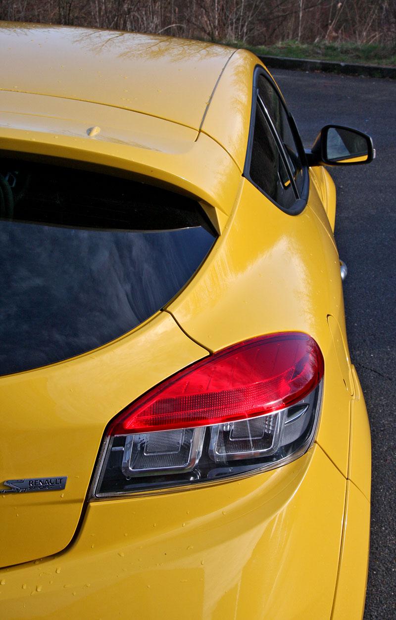 Test: Renault Mégane RS Cup: 2010 – Malá francouzská revoluce: - fotka 52