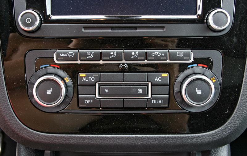 Test: Volkswagen Scirocco R – královské eR?: - fotka 8
