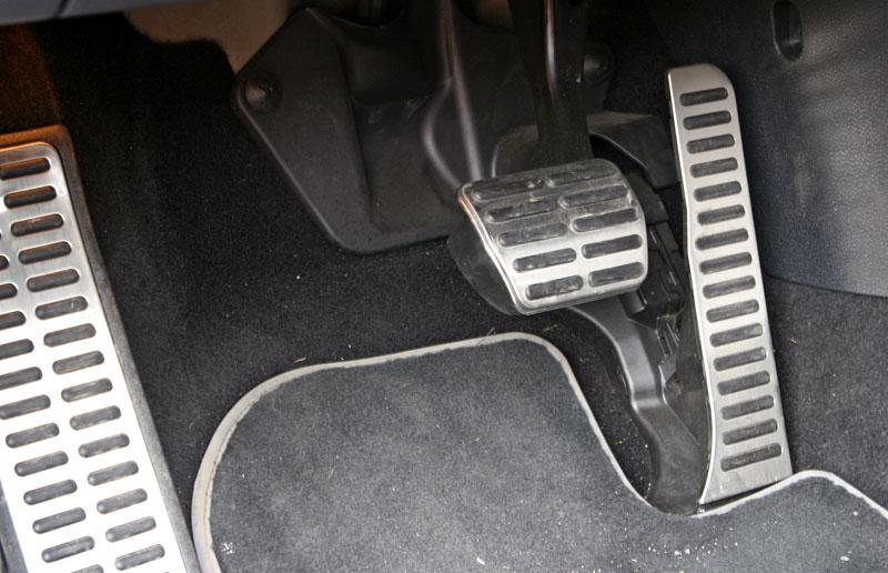 Test: Volkswagen Scirocco R – královské eR?: - fotka 14