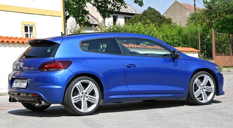 Test: Volkswagen Scirocco R – královské eR?: - fotka 35