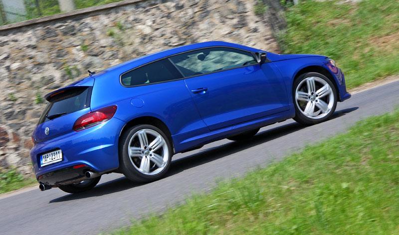 Test: Volkswagen Scirocco R – královské eR?: - fotka 38