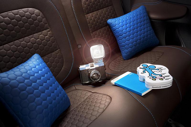 Aston Martin Cygnet & colette: miniauto za 49 tisíc éček: - fotka 3