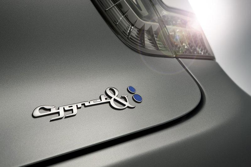 Aston Martin Cygnet & colette: miniauto za 49 tisíc éček: - fotka 8
