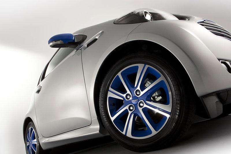 Aston Martin Cygnet & colette: miniauto za 49 tisíc éček: - fotka 9