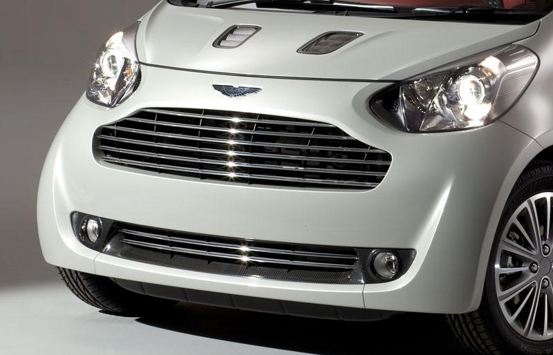 Ženeva 2010: Cygnet Concept - baby Aston Martin (nové foto): - fotka 31