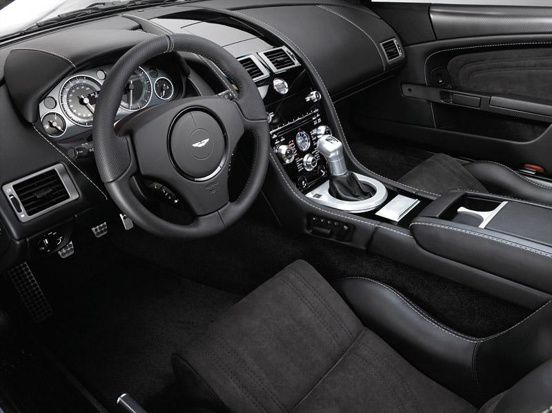 """Aston Martin: nejvíce """"cool"""" značka v Británii: - fotka 21"""