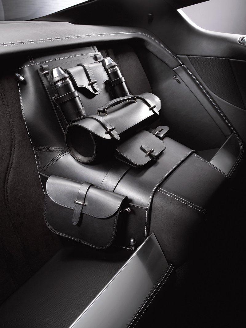 """Aston Martin: nejvíce """"cool"""" značka v Británii: - fotka 25"""