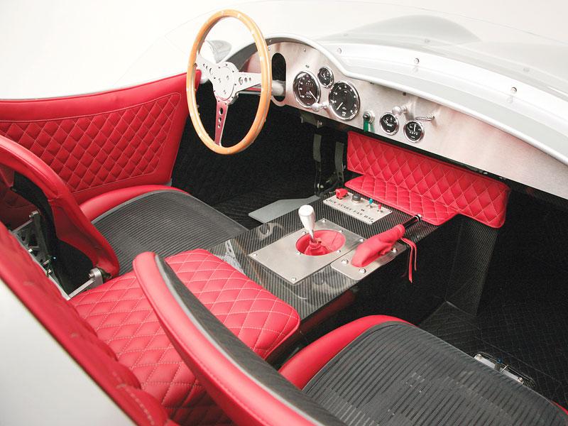 Rizk Auto: stylová replika Aston Martin DBR2: - fotka 2