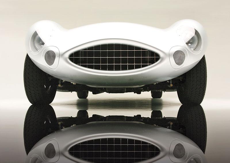 Rizk Auto: stylová replika Aston Martin DBR2: - fotka 7