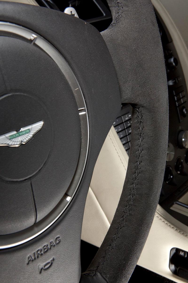 Edo competition: Aston Martin DB9 přetvořen na DBS: - fotka 2