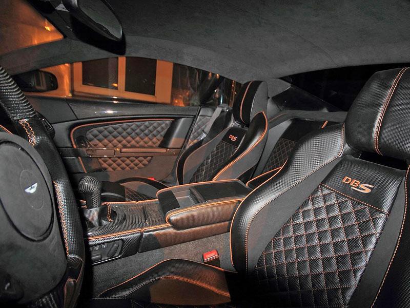 Anderson Casino Royale - vymazlený Aston Martin DBS: - fotka 2