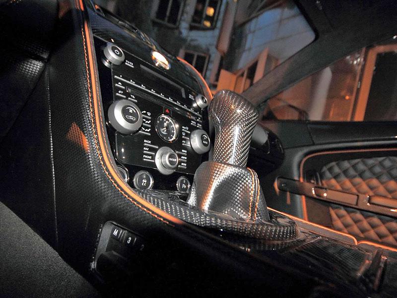 Anderson Casino Royale - vymazlený Aston Martin DBS: - fotka 3