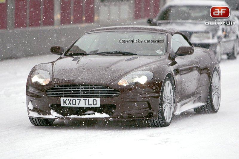 Spy Photos: Aston Martin DBS Volante: - fotka 2