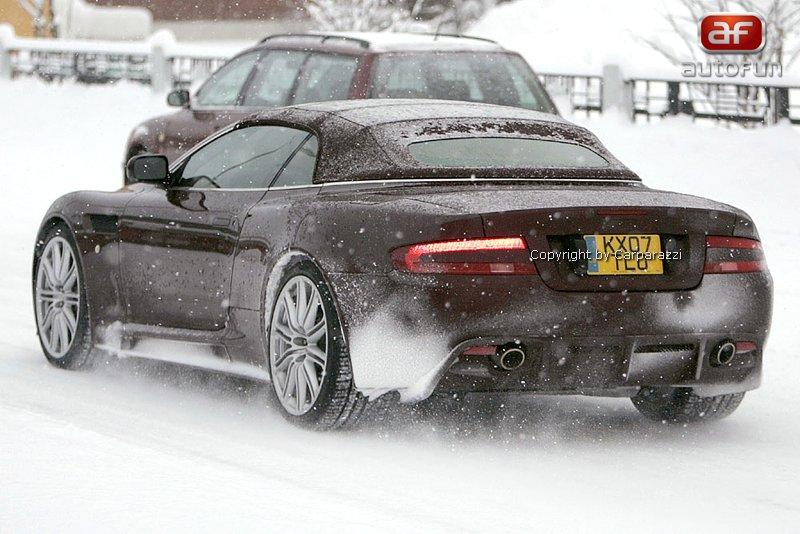 Spy Photos: Aston Martin DBS Volante: - fotka 5