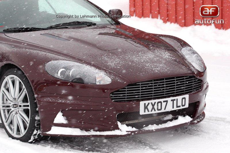 Spy Photos: Aston Martin DBS Volante: - fotka 8