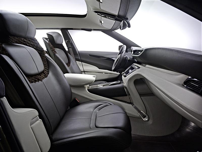 Aston Martin (díkybohu) zahodil projekt Lagonda: - fotka 2