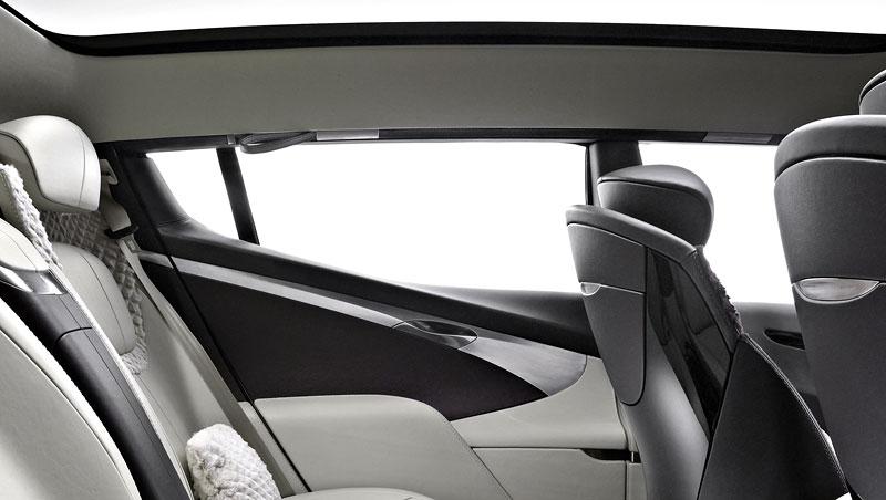 Aston Martin (díkybohu) zahodil projekt Lagonda: - fotka 5