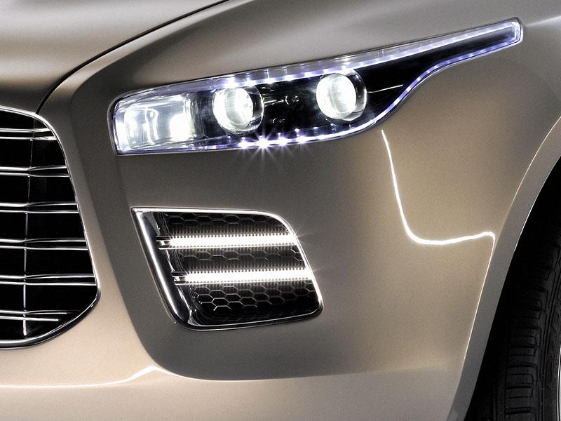 Aston Martin (díkybohu) zahodil projekt Lagonda: - fotka 11