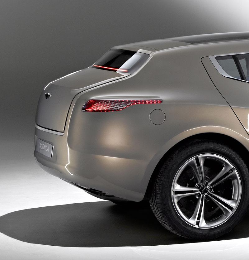 Aston Martin (díkybohu) zahodil projekt Lagonda: - fotka 15
