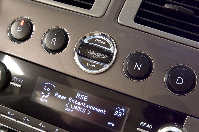 Aston Martin (díkybohu) zahodil projekt Lagonda: - fotka 19