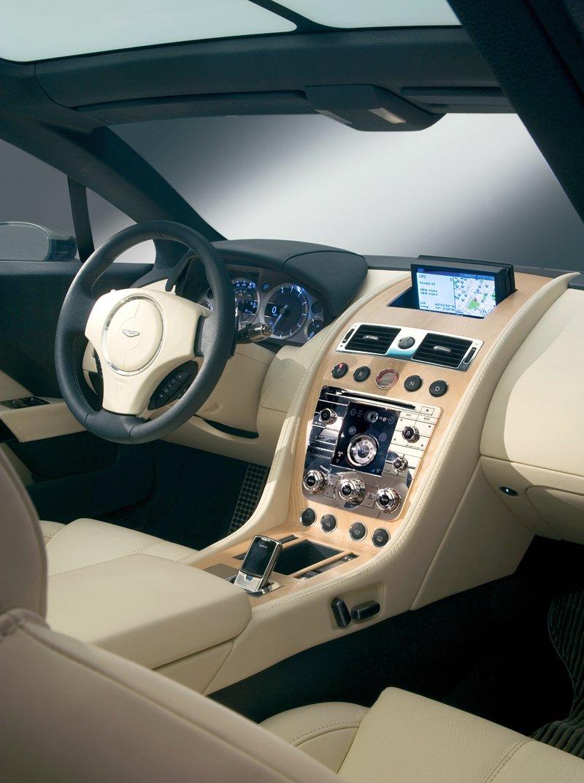 Aston Martin bude spolupracovat s Mercedesem: - fotka 4