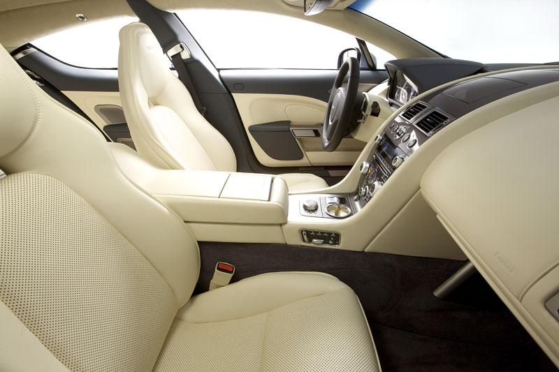 Aston Martin (díkybohu) zahodil projekt Lagonda: - fotka 34