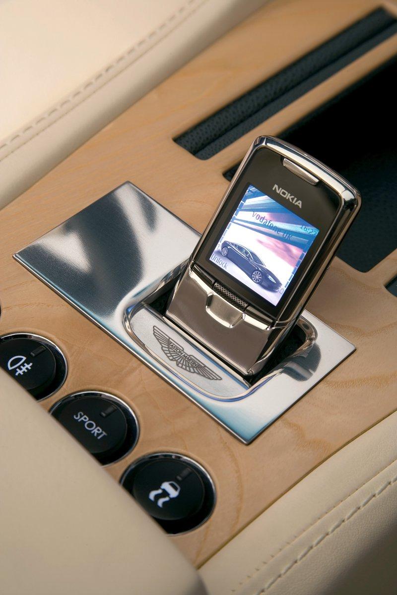 Aston Martin bude spolupracovat s Mercedesem: - fotka 6