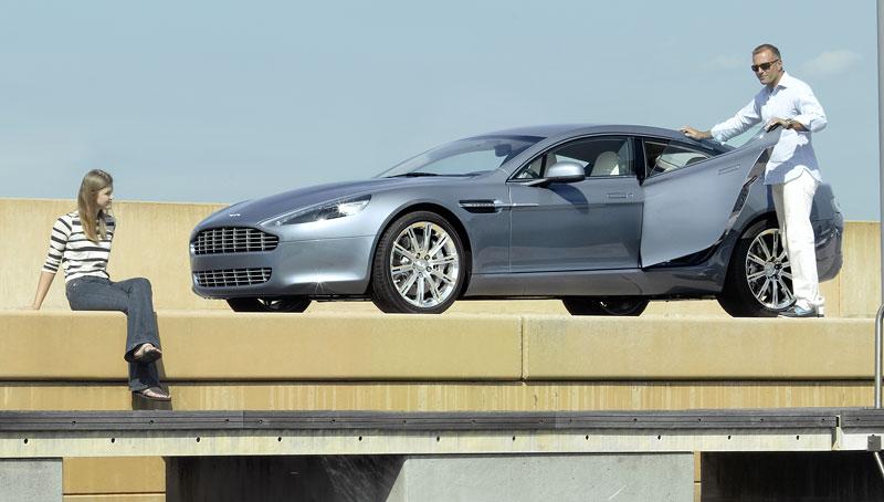 Frankfurt 2009: Aston Martin Rapide: - fotka 23