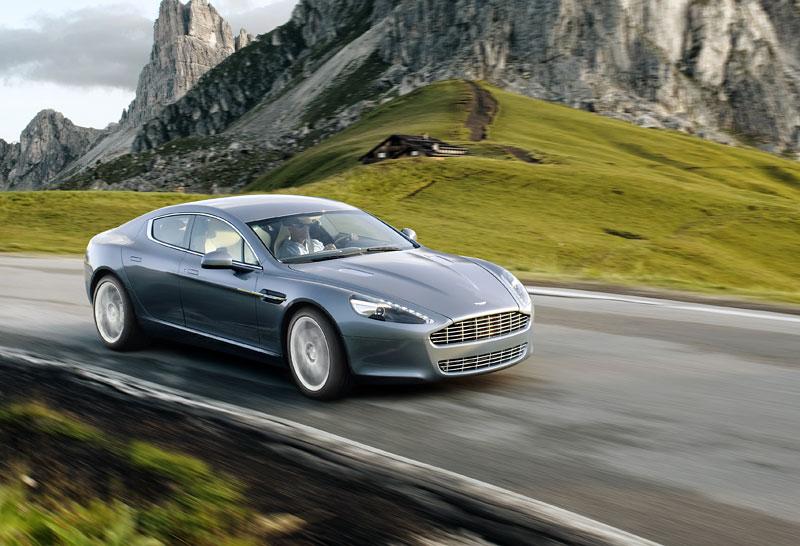 Frankfurt 2009 živě: Aston Martin Rapide - první dojmy: - fotka 24