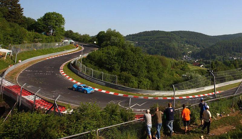 Aston Martin Rapide: ostré nasazení do 24hodin Nürburgringu: - fotka 5
