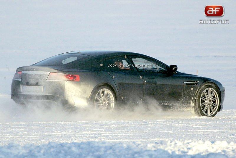 Spy Photos: Aston Martin Rapide: - fotka 9
