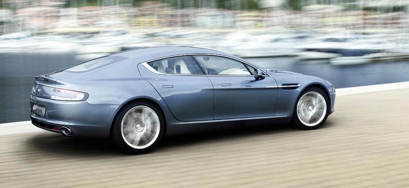 Frankfurt 2009 živě: Aston Martin Rapide - první dojmy: - fotka 29